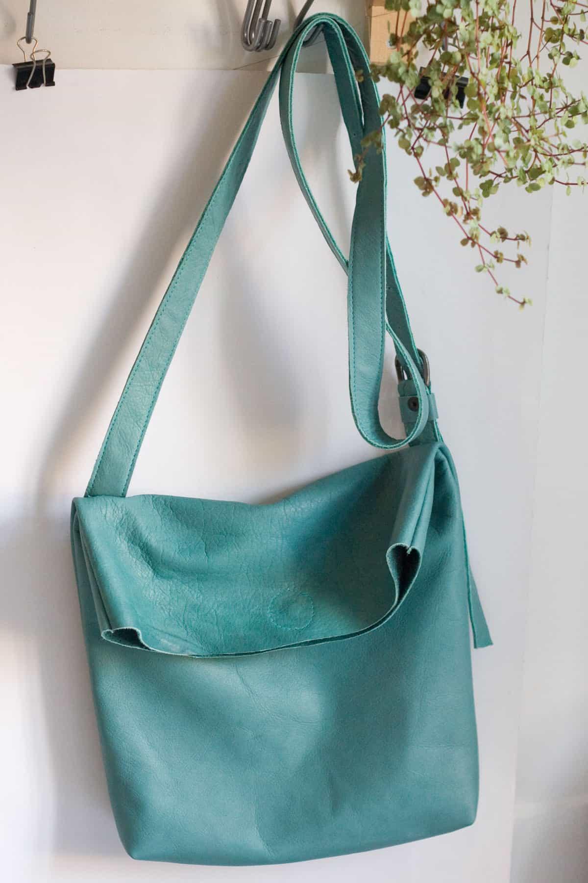 lazurowa-torba-pasek1b