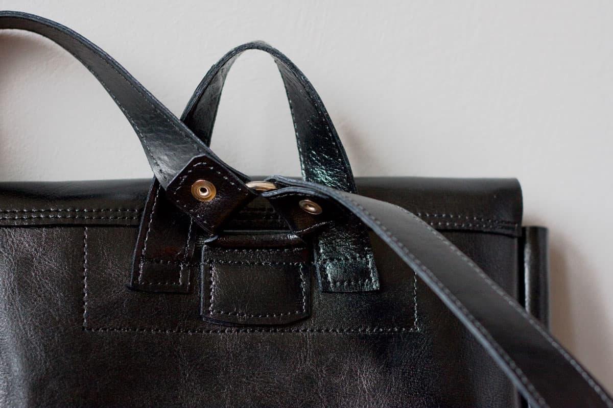 czarny-lekki-plecak-skora01e