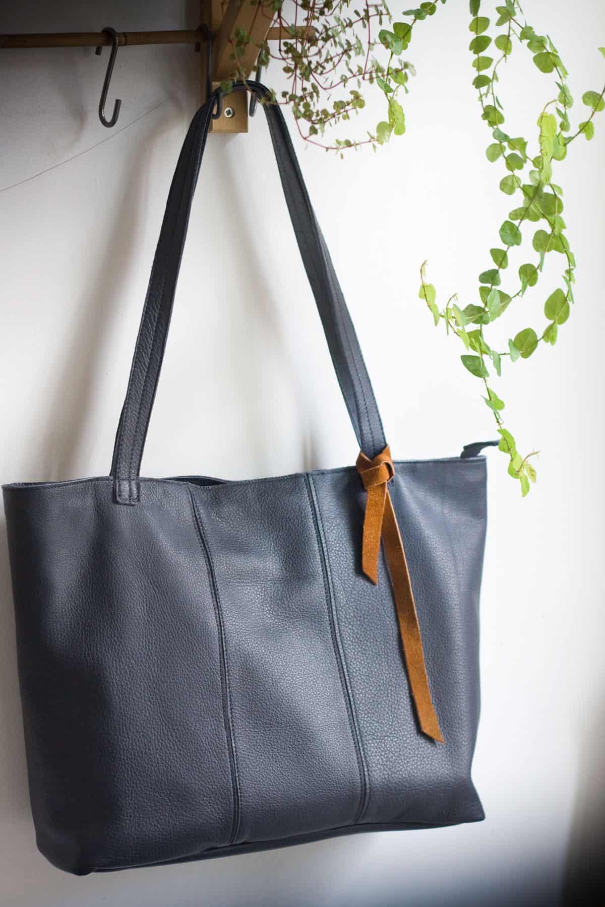 granat-shopper-bag-zamek01