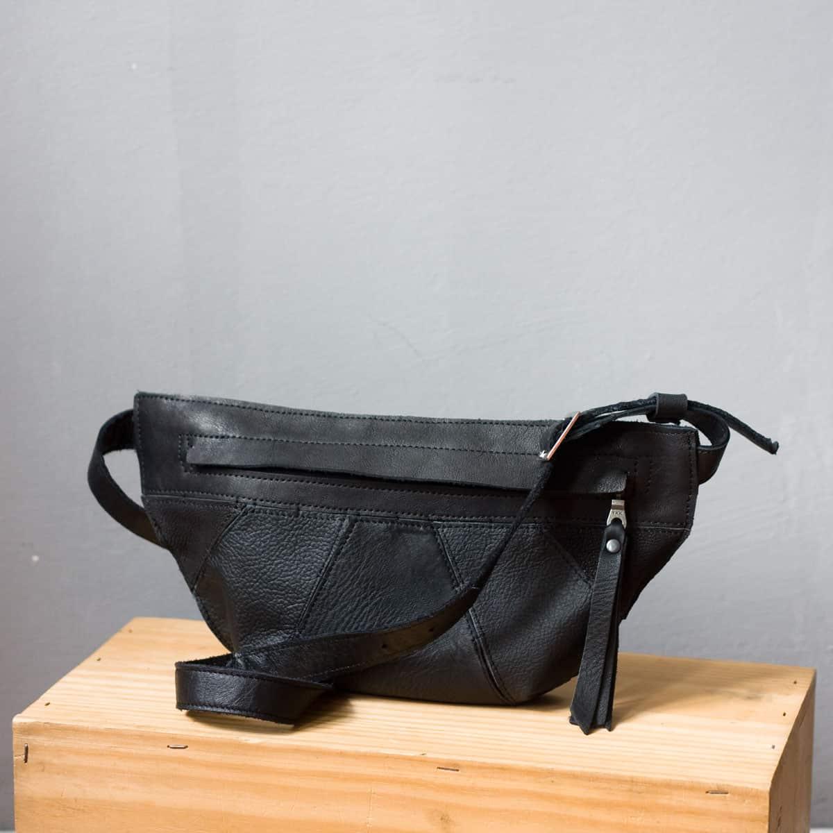 czarna-nerka-skora-recycling01a